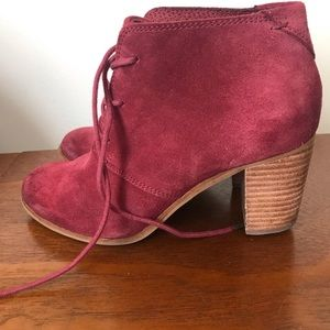 Toms burgundy lace up booties